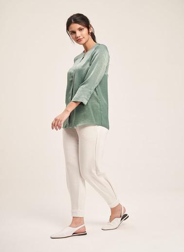 Mizalle Süs Düğmeli Bluz Yeşil
